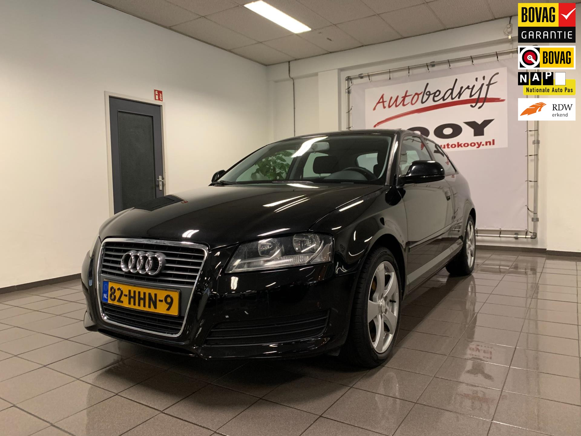 Audi A3 1.6 Attraction Business Edition * Airco-ecc / Cruise control / LM Velgen *