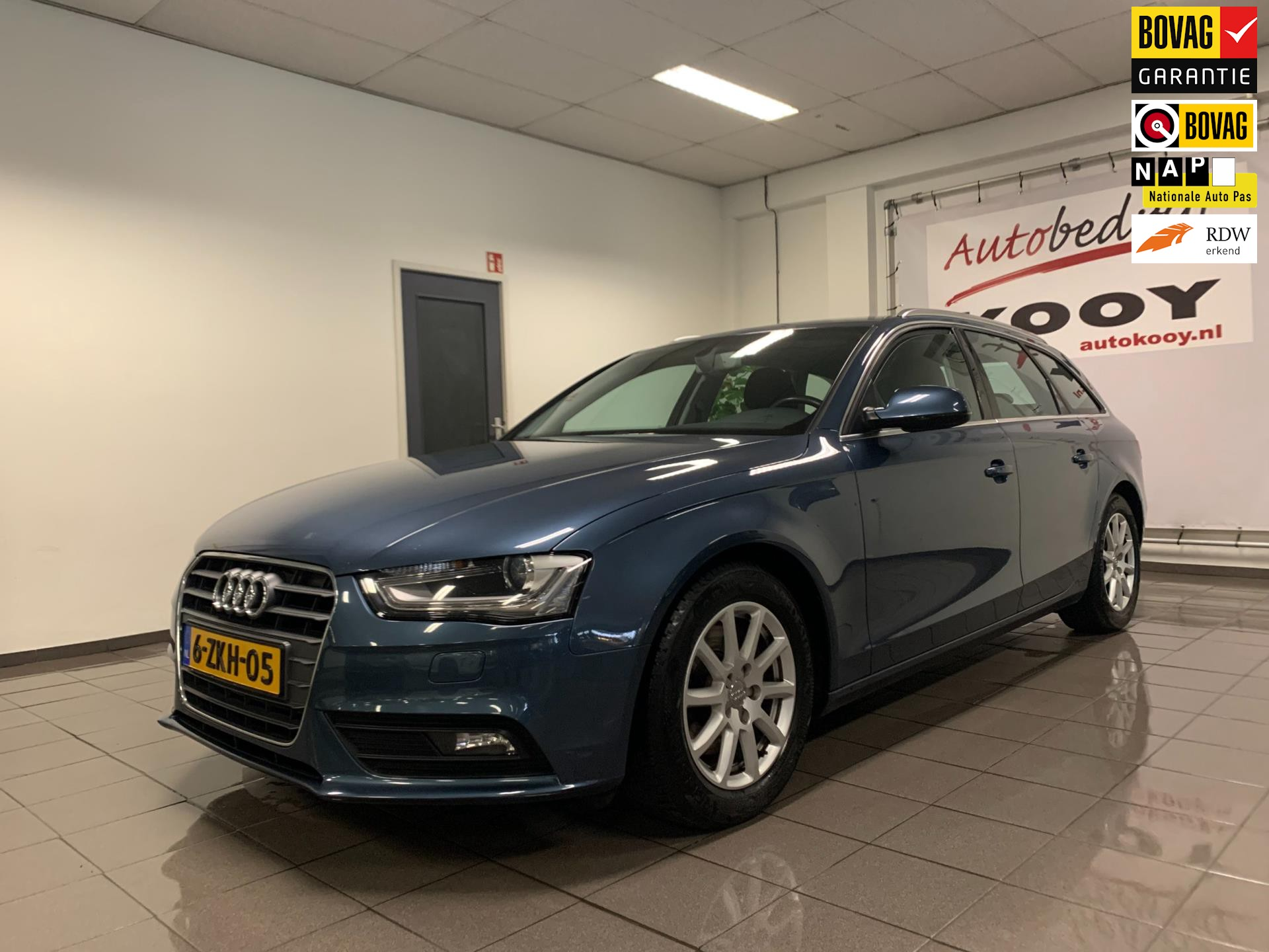 Audi A4 Avant 2.0 TDI ultra Business Edition * Dealer onderhouden / Xenon / LED / NL Auto *