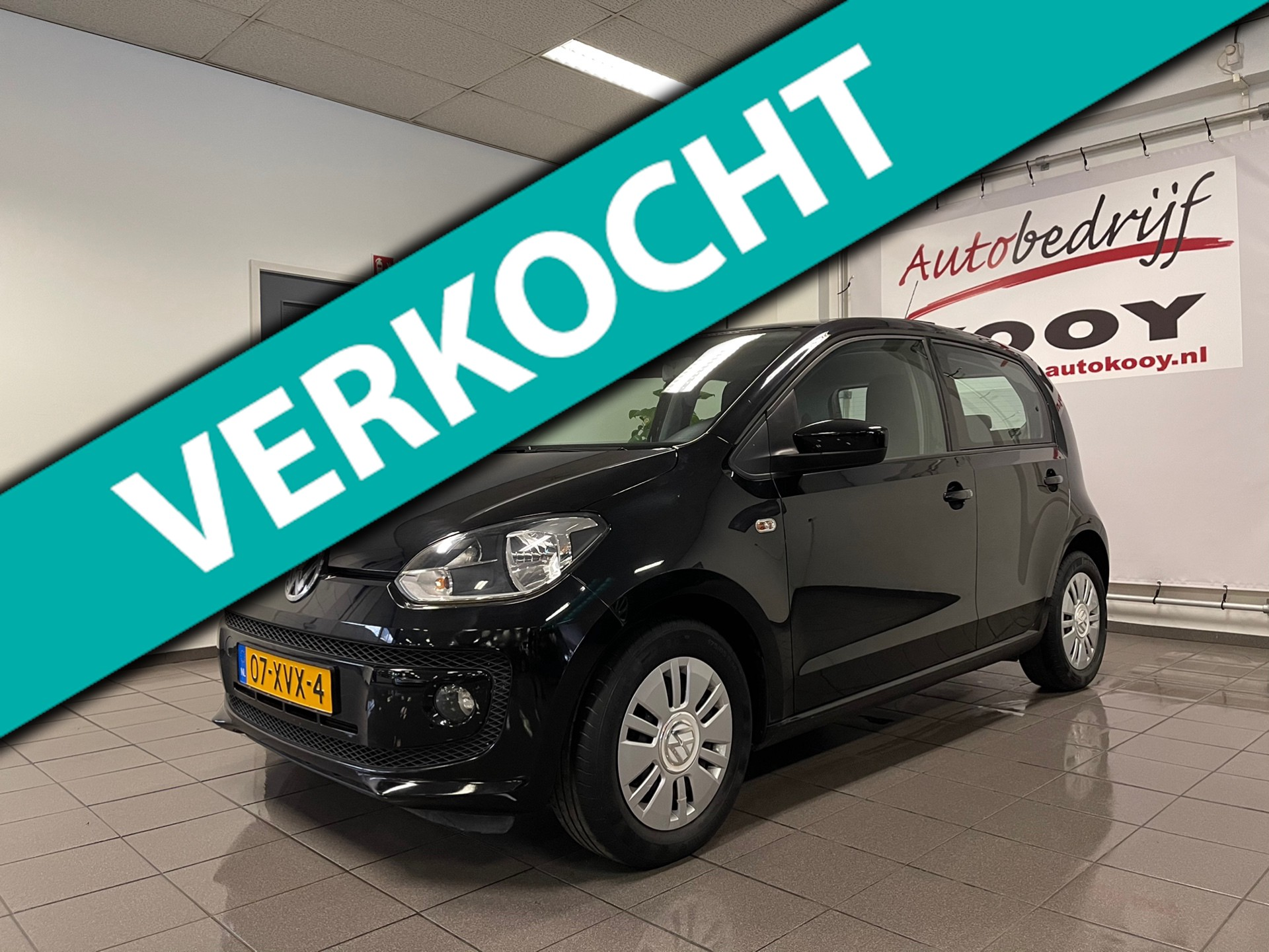 Volkswagen Up! 1.0 move up! BlueMotion * 1e Eig / Panoramadak / Stoelverwarming / Fietsendrager *